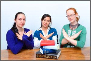 1. 辞書は極力使わない。講師から英語で聞き出すクセを。